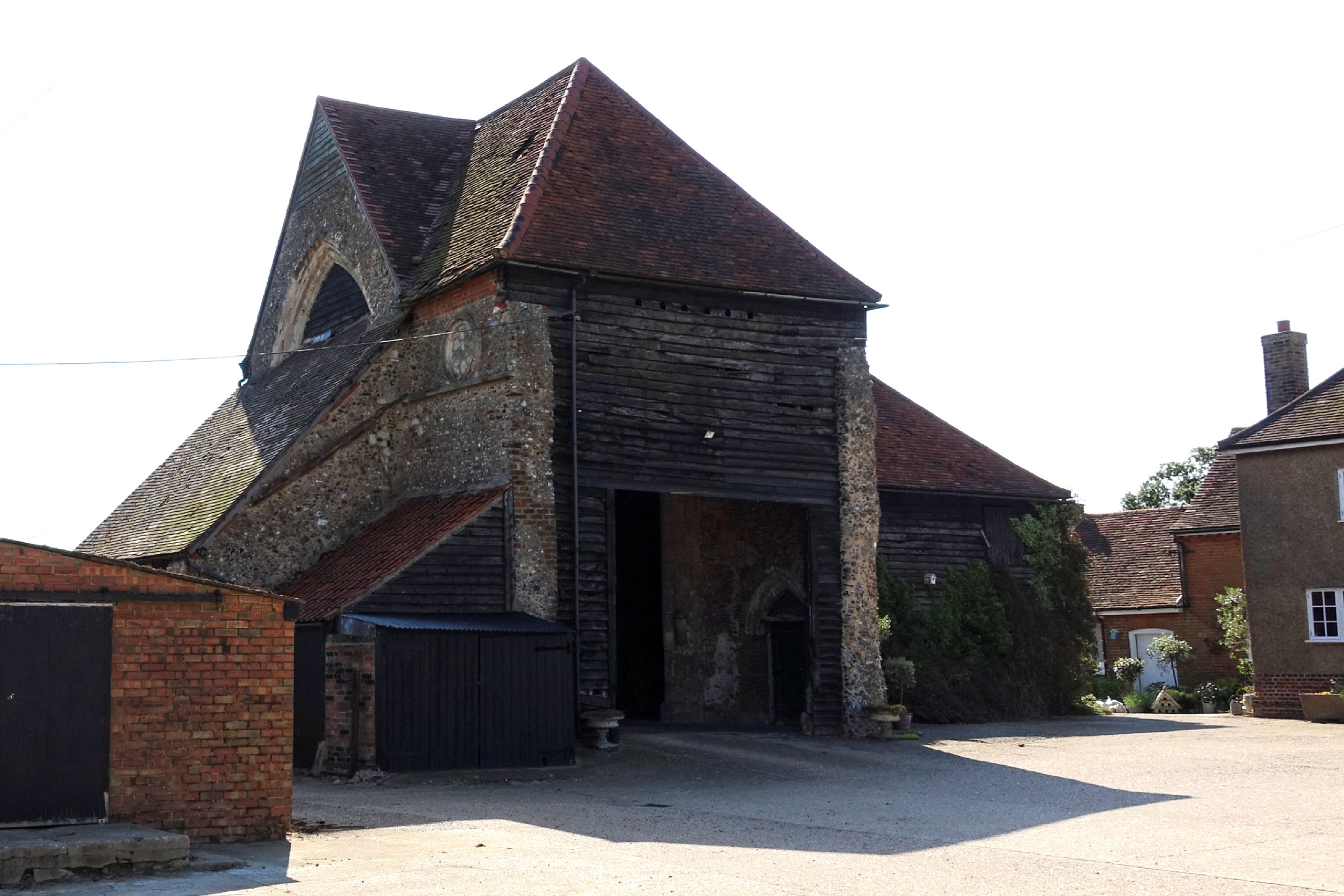 Latton Priory (Barn)